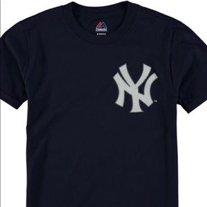 Majestic Yankees T shirt player number